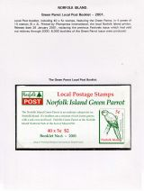 18 Norfolk Island - Green Parrot Local Post booklet 2001